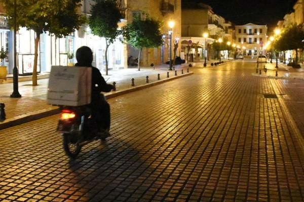 Απαγόρευση κυκλοφορίας: «Βόμβα» για take away και delivery