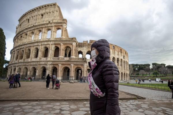Προς γενικό lockdown οδεύει η Ιταλία - Ανεξέλεγκτη η κατάσταση στη Νάπολη