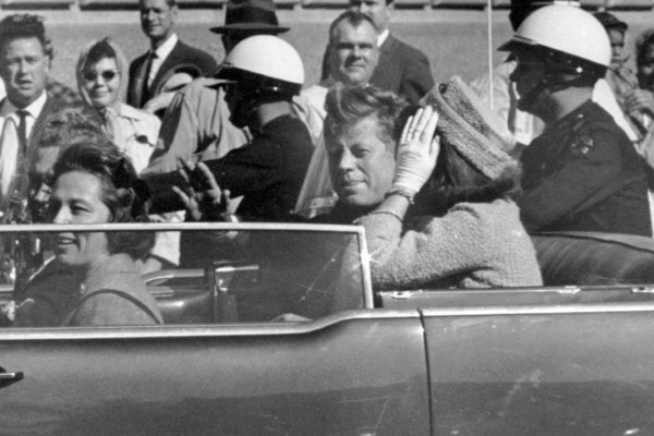 Η κατάρα των Κένεντι: 57 χρόνια από τη δολοφονία του ιστορικού προέδρου των ΗΠΑ