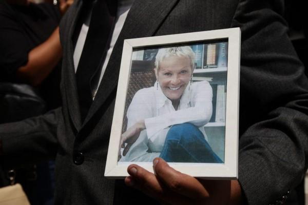 Ζωή Λάσκαρη: Το ανατριχιαστικό περιστατικό πριν πεθάνει! Για αυτό άργησε η κηδεία….