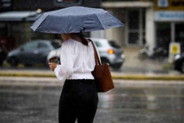 Καιρός σήμερα: Μεμονωμένες καταιγίδες και πτώση της θερμοκρασίας