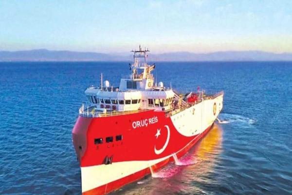 Συναγερμός στο Αιγαίο: Συνεχίζει την πρόκληση με το Oruc Reis η Τουρκία - Με θράσος ζητά διάλογο
