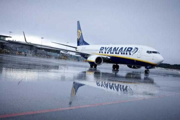 Πανικός με τις προσφορές της Ryanair για τα Χριστούγεννα