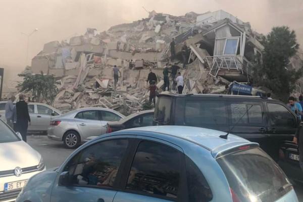 Σεισμός στην Τουρκία: Τουλάχιστον 42 οι νεκροί και 896 οι τραυματίες