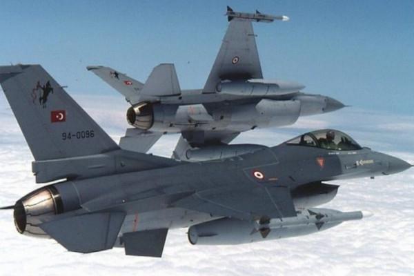 Συναγερμός στο Αιγαίο: Υπερπτήση τουρκικών F-16 πάνω από την Παναγιά και τις Οινούσσες