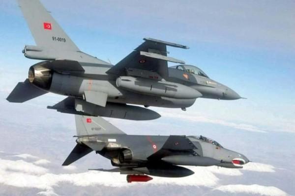 Τουρκικά F-16 πέταξαν πάνω από το Αγαθονήσι