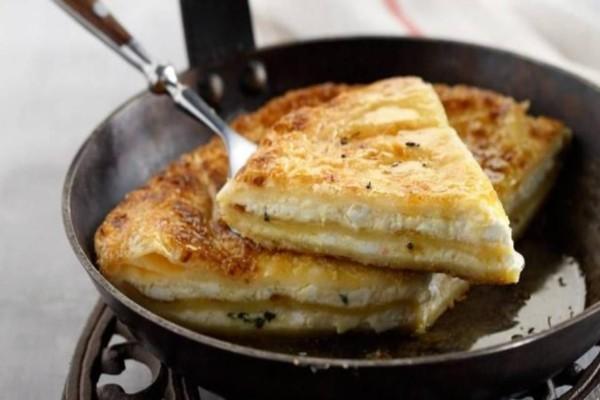 Τυρόπιτα στο τηγάνι μέσα σε 10 λεπτά