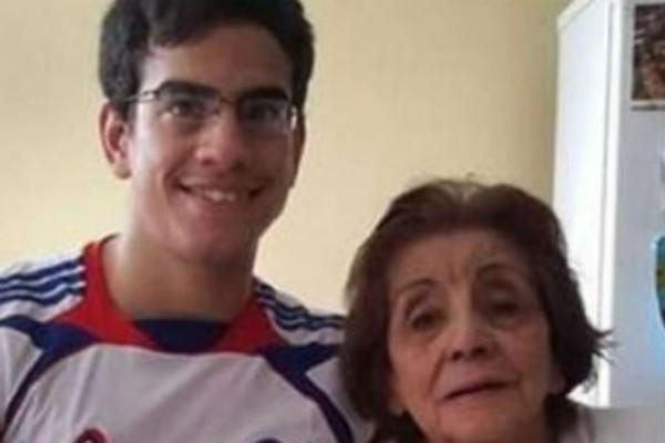 23χρονος παντρεύτηκε την 91χρονη αδερφή της γιαγιάς του - 5 χρόνια μετά τον γάμο τους...