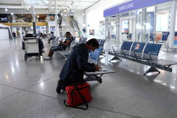 Κορωνοϊός: Έκτακτα μέτρα για όσους έρχονται από τη Βρετανία