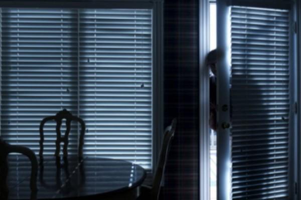Τρόμος στην Αγία Παρασκευή: Κουκουλοφόροι μπούκαραν σε σπίτι!