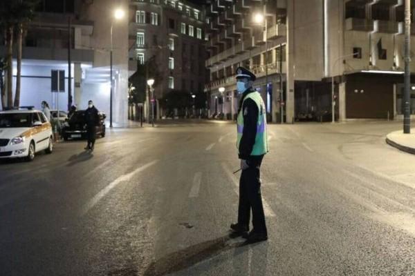 Κορωνοϊός: Απαραίτητη η απαγόρευση κυκλοφορίας και μετά τις γιορτές - Αδύνατο το άνοιγμα των σχολείων στις 7 Γενάρη