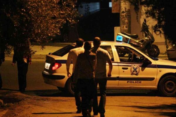 Φρίκη στα Βίλια: Βρέθηκε τεμαχισμένο πτώμα γυναίκας σε βαλίτσα