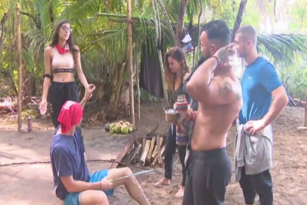 Survivor 4: Τσακωμός στους Διασήμους για ένα... καβούρι! (video)