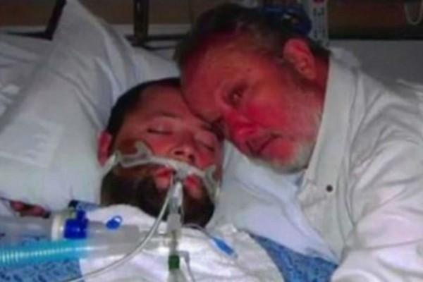 27χρονος ήταν εγκεφαλικά νεκρός - Οι γιατροι είπαν στον πατέρα να αποσυνδέσουν το μηχάνημα και τότε... (Video)