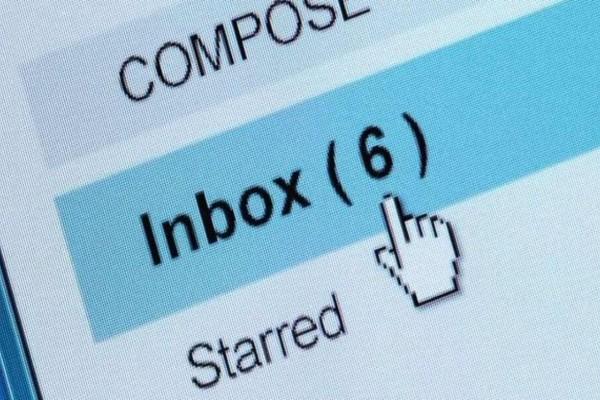 Προσοχή! Ότι και αν κάνετε μην ανοίξετε αυτό το email από την τράπεζα