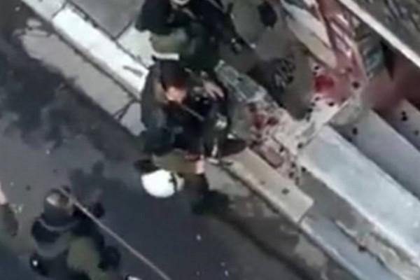 Επέτειος Γρηγορόπουλου: Αυτές ήταν οι εξηγήσεις του αστυνομικού που διέλυσε την ανθοδέσμη