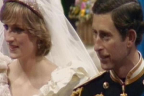 """Σεισμός στο παλάτι: """"Ο Κάρολος έστησε τη δολοφονία της Νταϊάνα για…"""""""