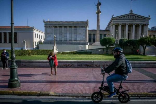 Κορωνοϊός: Δεν ηρεμούν Αττική και Θεσσαλονίκη - Νέα υγειονομική «βόμβα» σε γηροκομείο της Λαμίας