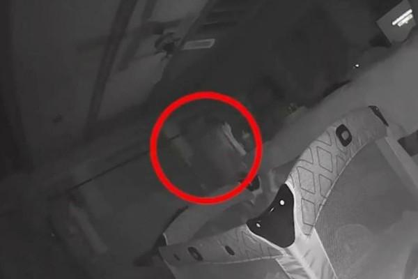Βίντεο τρόμος από κρυφή κάμερα - 25χρονη μητέρα κατέγραψε «φάντασμα» να κακοποιεί το μωρό της (Video)