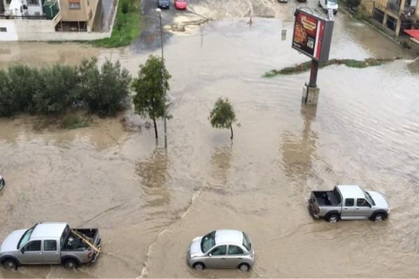 Κακοκαιρία στην Κύπρο: Ανεμοστρόβιλος τα
