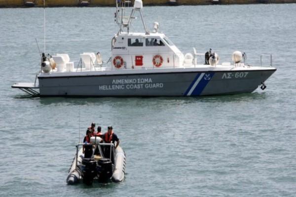 Συναγερμός στη Λέσβο: Έρευνα για τρεις γυναίκες πρόσφυγες στη θάλασσα