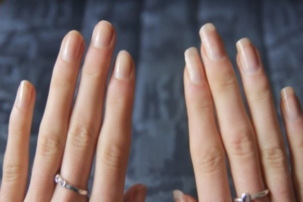 Εύθραυστα Νύχια: Δυναμώστε τα με αυτό το εκπληκτικό κόλπο!