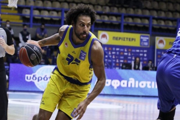 Basket League: Σώθηκε στο φινάλε το Περιστέρι