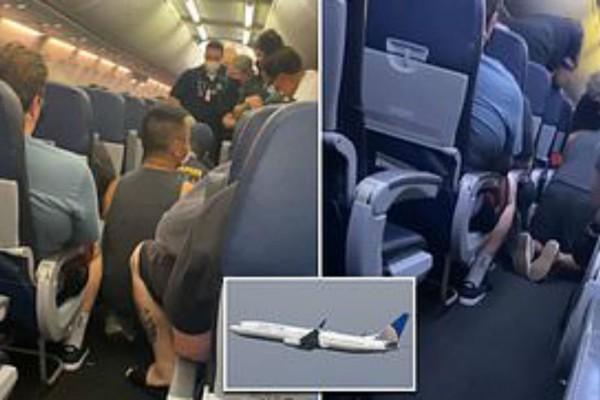 Θρίλερ σε πτήση: Πέθανε επιβάτης με κορωνοϊό (Video)