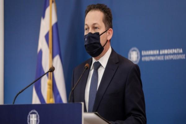 Στέλιος Πέτσας: Πότε αναμένεται ο πρώτος εμβολιασμός στην Ελλάδα - Πόσες δόσεις θα λάβουμε