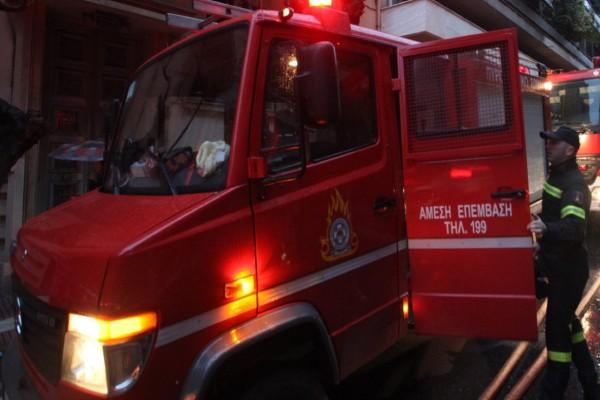 Συναγερμός στη Λιοσίων: Σημειώθηκε έκρηξη σε διαμέρισμα