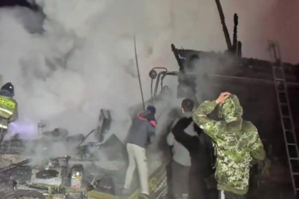 Συναγερμός στη Ρωσία: Ξέσπασε πυρκαγιά σε οίκο ευγηρίας - Αρκετοί έχασαν τη ζωή τους