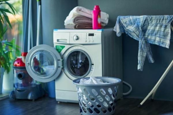 Δείτε πως το σκόρδο βοηθά στην απομάκρυνση της μούχλας από το πλυντήριο