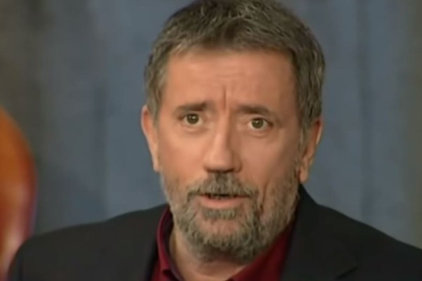 Σπύρος Παπαδόπουλος: Αυτός είναι ο ΑΓΝΩΣΤΟΣ γιος του - Μοιάζουν σαν δύο σταγόνες νερό! (ΦΩΤΟ)