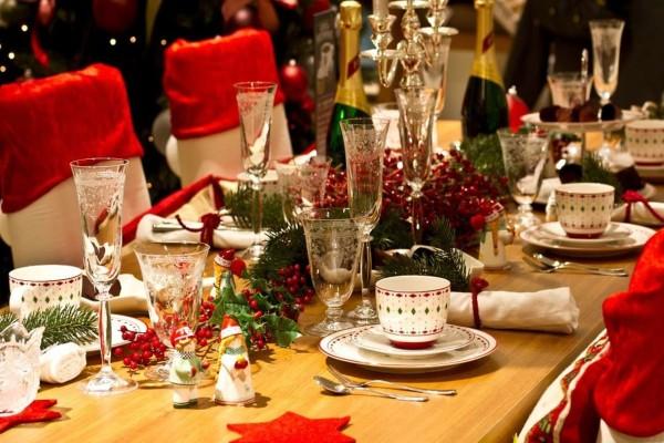 Κορωνοϊός: Μόνο μία οικογένεια στις γιορτές - Χρειάζεται ο μέγιστος αριθμός ασφάλειας