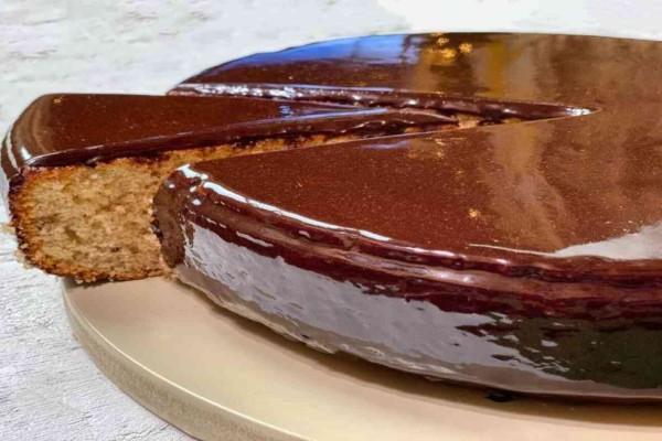 Βασιλόπιτα «κολασμένη» με μαγειρική σόδα και σοκολάτα