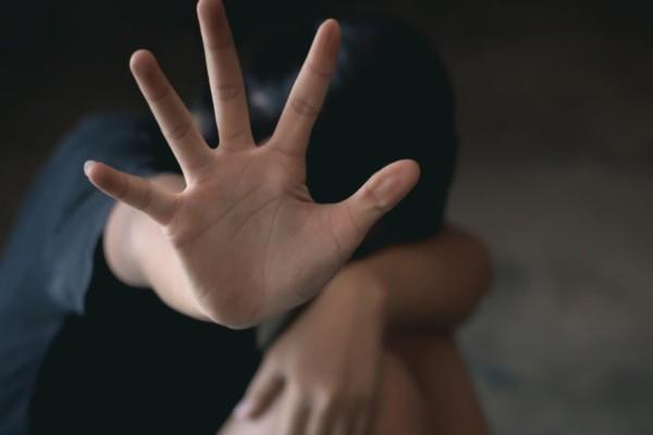 Φρίκη στη Ρόδο: Άνδρας βίαζε ανήλικο αγόρι σε χωράφι