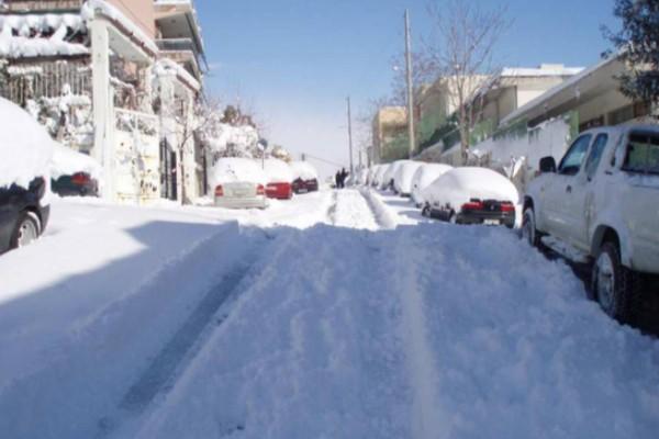 Χριστούγεννα με χιόνια και στην Αθήνα; Ο Σάκης Αρναούτογλου προειδοποιεί!