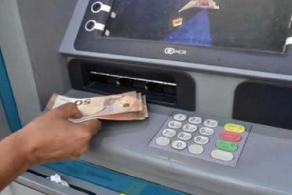 Συναγερμός σε ΑΤΜ: Μην κατεβάσετε ποτέ χρήματα σ' αυτό το συγκεκριμένο μηχάνημα! Θα σας