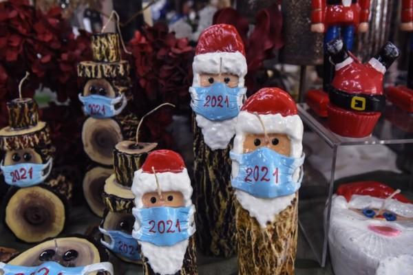 Κορωνοϊός: Πως θα κάνουμε Χριστούγεννα και Πρωτοχρονιά - Τι πρέπει να προσέχουμε