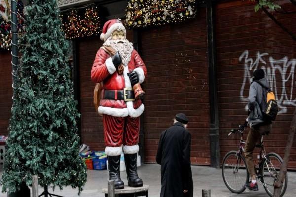 Κορωνοϊός: Πως θα γιορτάσουμε τα Χριστούγεννα και την Πρωτοχρονιά - Τι θα ισχύει για επιχειρήσεις και εκκλησίες