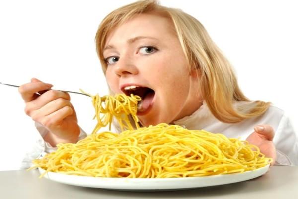 Δείτε τι μπορείτε να πάθετε αν τρώτε πολλές μακαρονάδες