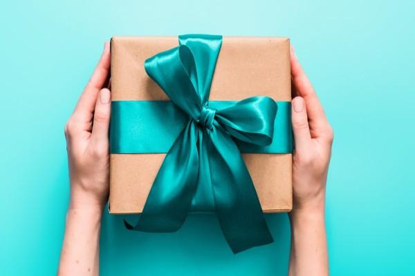Ποιοι γιορτάζουν σήμερα, Κυριακή 3 Ιανουαρίου, σύμφωνα με το εορτολόγιο;