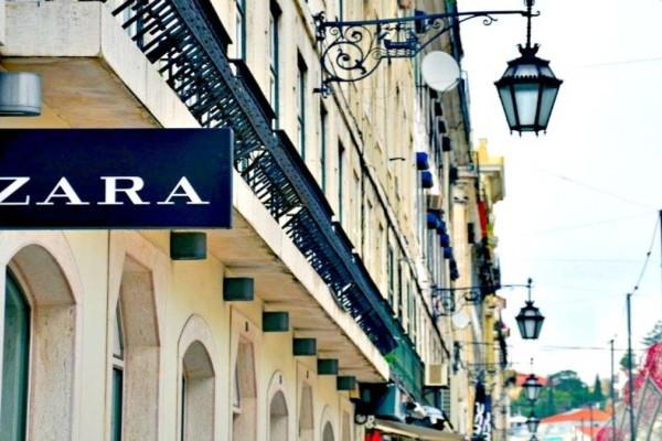 Ουρές στα ZARA για αυτή την τσάντα που κοστίζει κάτω από 10 ευρώ