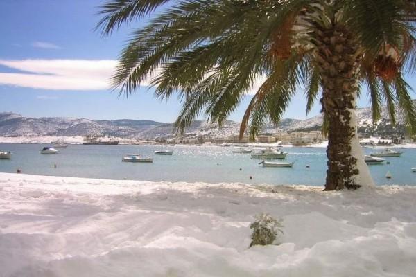 Ο ιστορικός χιονιάς του 2002 που