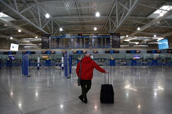 Κορωνοϊός: Σε 7ήμερη καραντίνα οι επιβάτες από τις διεθνείς πτήσεις - Τι θα ισχύει για όσους έρχονται από την Βρετανία