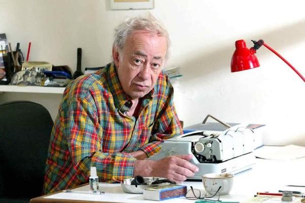 Θρήνος: Πέθανε ο μεγάλος συγγραφέας Βασίλης Αλεξάκης