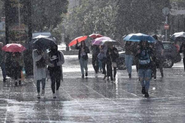 Έκτακτη επιδείνωση του καιρού: Έρχονται σφοδρές καταιγίδες και βροχές - Σε ποια μέτωπα θα χτυπήσει η κακοκαιρία