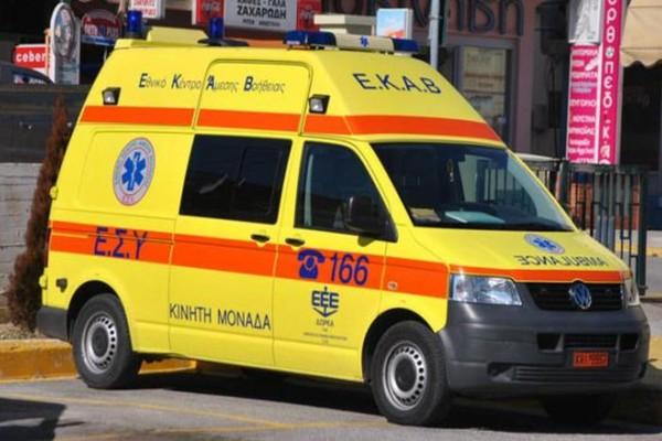 Τροχαίο στο Αγρίνιο: Ι.Χ. συγκρούστηκε με ασθενοφόρο ιδιωτικής κλινικής
