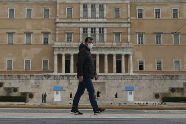 Κορωνοϊός: Η Ελλάδα είναι και πάλι