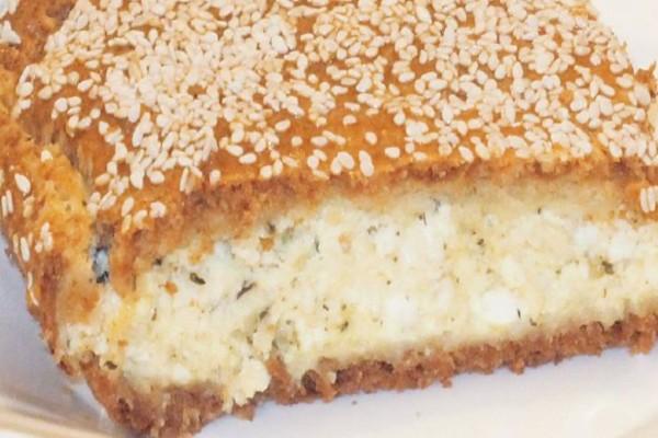 Φετόπιτα: Η νόστιμη και εύκολη τυρόπιτα που ξετρελαίνει μικρούς και μεγάλους